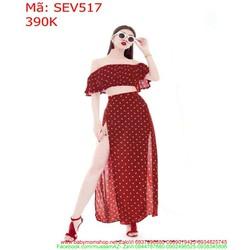 Sét áo kiểu ngang vai và chân váy xẻ châm bi thời trang SEV517