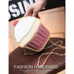 Túi đeo chéo Bánh Ngọt