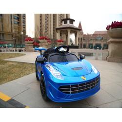 Xe điện mini dành cho trẻ em tặng áo bơi bé trai gái