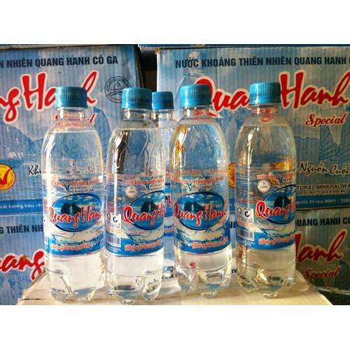 Nước khoáng mặn có ga Quang Hanh chai 330ml x 24 chai