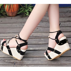 Giày sandal sành điệu