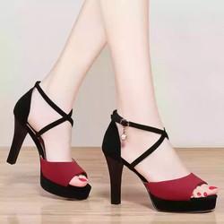 Giay sandal cao got
