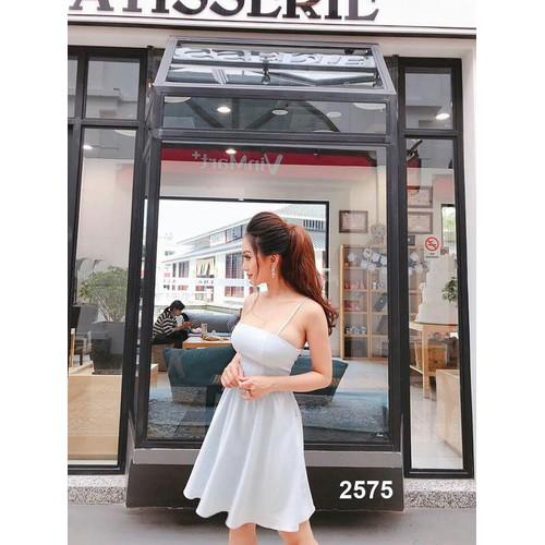 Đầm xoè trắng hai dây cao cấp