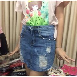 Chân váy Jean rách chữ Ạ