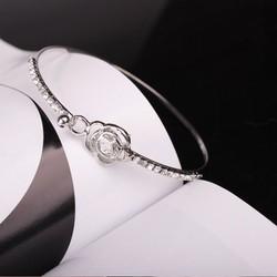 Lắc tay nữ thời trang hình bông hoa hồng đính đá lấp lánh