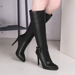Giày boot nữ ống cao dưới gối gót nhọn