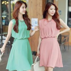 Đầm xòe xếp ly cổ thời trang