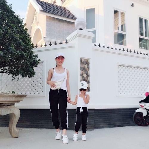 set mẹ và bé