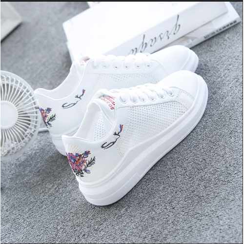 Giày trắng nữ mùa hè 2019 giày thể thao - 4103653 , 10221828 , 15_10221828 , 350000 , Giay-trang-nu-mua-he-2019-giay-the-thao-15_10221828 , sendo.vn , Giày trắng nữ mùa hè 2019 giày thể thao