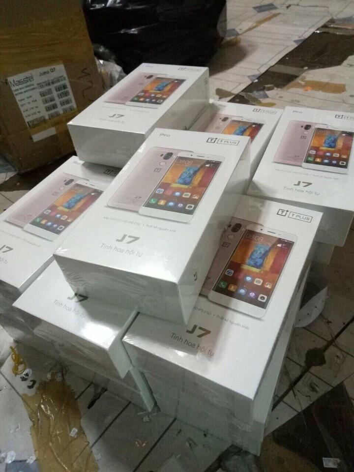 Điện thoại TPLUS J7 Pro chính hãng - Tinh hoa hội tụ 11