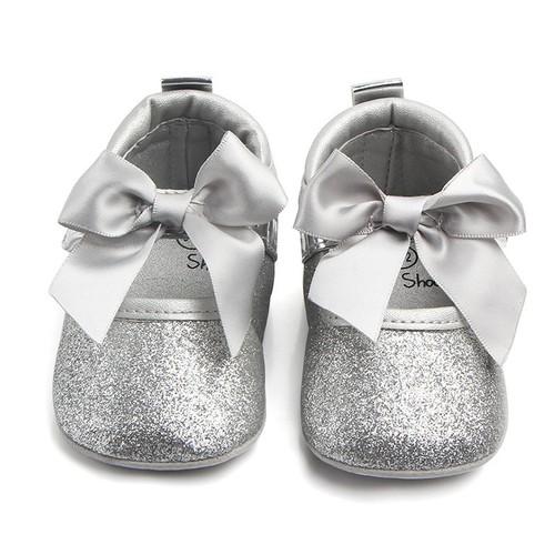 Giày tập đi cho bé gái nhũ bạc