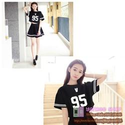 Váy BTS V - áo croptop - nguyên set màu đen