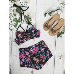 Bikini 2 mảnh cúp ngực hoa kèm quần sọt