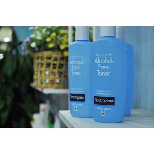 Nước Hoa Hồng Không Cồn Neutrogena Alcohol Free Toner 250ml