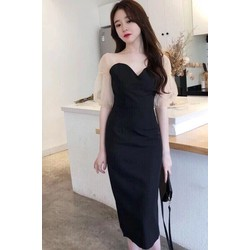 Đầm đen ôm kèm cúp ngực ren lưới tay quyến rũ sang chảnh