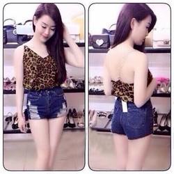 Sale: Set áo beo 2 dây quần jean short - Size M