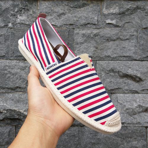 Slip on nam - Giày lười vải nam - Vải bố sọc đỏ xanh - Mã 2906 - 4227754 , 10397813 , 15_10397813 , 300000 , Slip-on-nam-Giay-luoi-vai-nam-Vai-bo-soc-do-xanh-Ma-2906-15_10397813 , sendo.vn , Slip on nam - Giày lười vải nam - Vải bố sọc đỏ xanh - Mã 2906