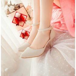 Giày cao gót bít mũi có quai hậu, màu nude