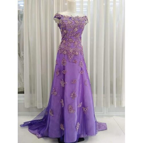 Áo cưới màu tím