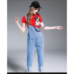 Set yếm jean, áo thun