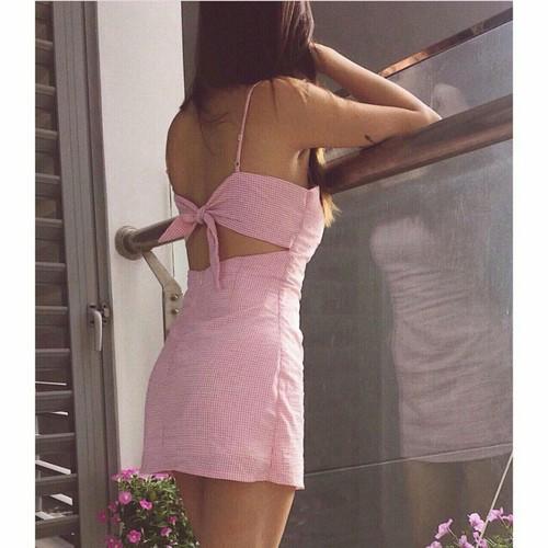 Đầm caro cut out nơ xinh