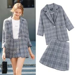 Set áo vest + quần giả váy sọc ca rô xám