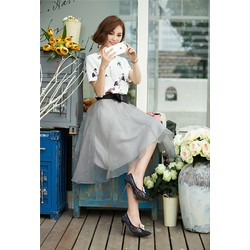 set áo trắng hoa váy kiếng xám