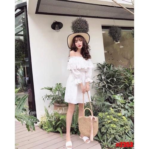 Đầm bẹt vai trắng