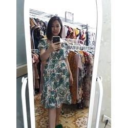 Mẫu váy trễ vai chân xòe