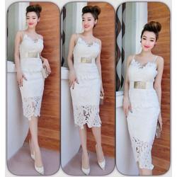 Sale: Đầm body 2 dây ren chiếc lá - Size M