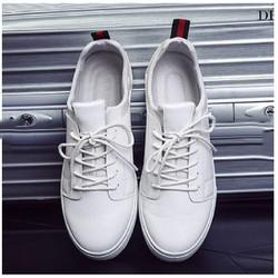 Giày da màu trắng nam đẹp