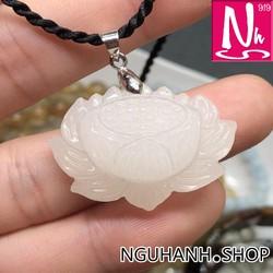 NHS252.68-Mặt dây chuyền sen trắng-bạch ngọc-tịnh tâm