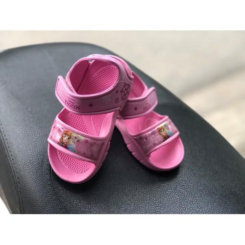 Sandal cao su quai dán cho bé màu Hồng