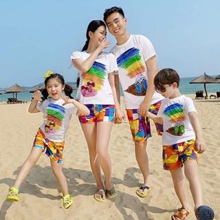 Combo 4 bộ đồ đi biển luôn quần và áo cho gia đình - Conbo 4 bộ luôn quần và áo thumbnail