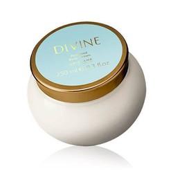 Kem dưỡng thể hương nước hoa Divine Perfumed Body Cream