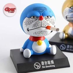 Mô hình Doraemon hút thuốc - lắc đầu
