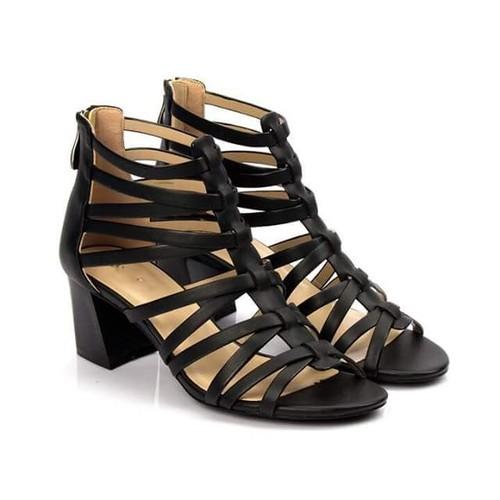 Giày sandal rọ dây thanh mảnh - 24212534 , 10565883 , 15_10565883 , 470000 , Giay-sandal-ro-day-thanh-manh-15_10565883 , sendo.vn , Giày sandal rọ dây thanh mảnh
