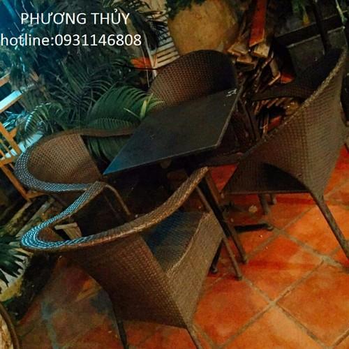 Bàn ghế cafê gỗ