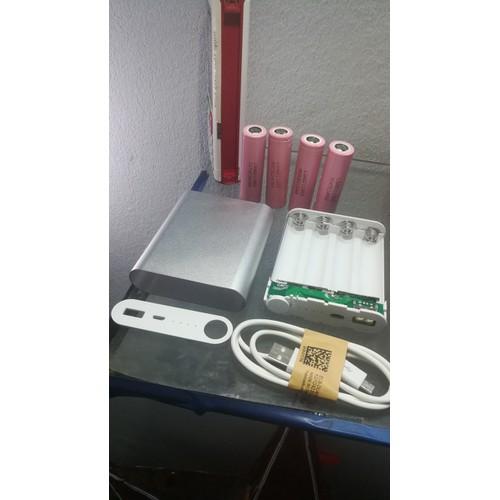 COMBO 3 món 1 Box sạc dự phòng  4 Cell-Pin và 1 dây sạc android