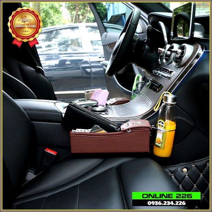 Hộp đựng đồ trên ô tô