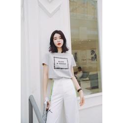 áo thun in hình vuông  2 màu đen và trắng