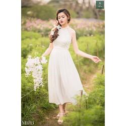 Đầm maxi voan lưới cổ yếm hoa hồng