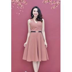 Sale: Đầm xòe cổ V đính tag - Size M