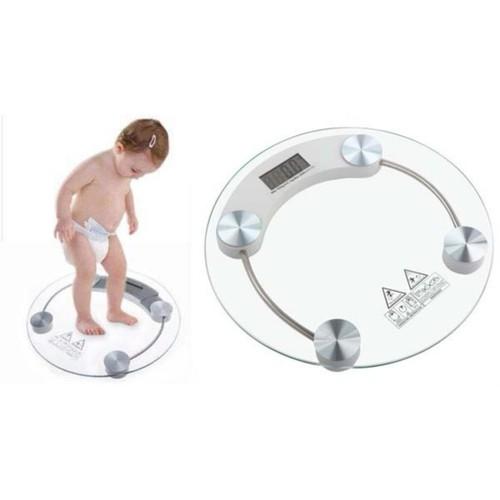 Cân sức khoẻ gia đình kính chịu lực kiểm soát cân nặng