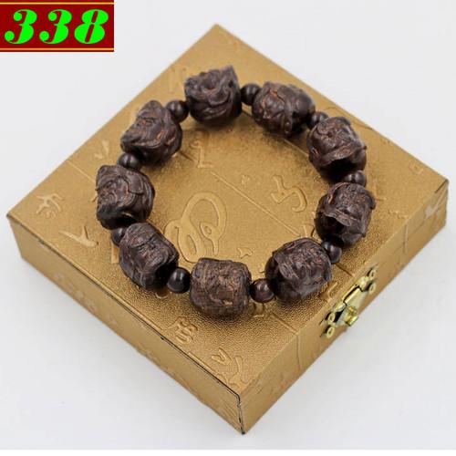 Vòng đeo tay Quan công thần mộc kèm hộp gỗ