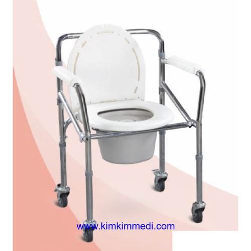 Ghế bô vệ sinh có bánh Lucass G696