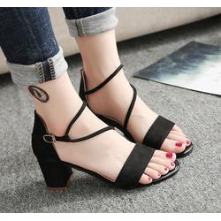 sandal nữ thời trang cá tính