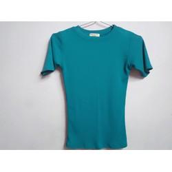Áo thun body màu xanh