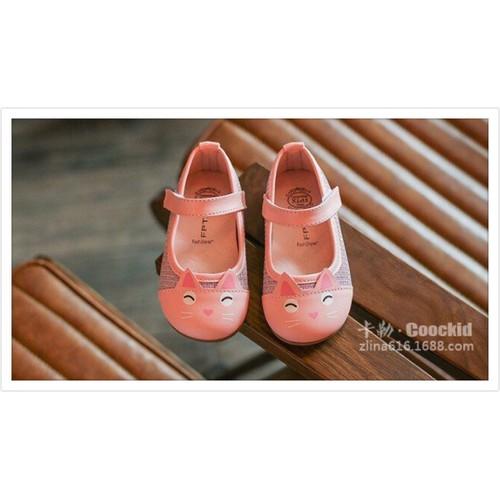 Giày Xinh bé gái
