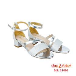 Giày sandal gót vuông 5cm quai ngang kim tuyến màu bạc depvashock